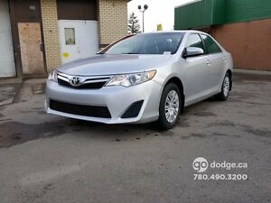 2014 Toyota Camry LE/ BLUETOOTH/ PREMIUM AUDIO WITH CD
