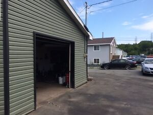 ONE BAY GARAGE 650SQFT HEATS LIGHTS AND AC INCLUDED!!!