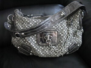 Sac * GUESS * comme NEUF!!!!