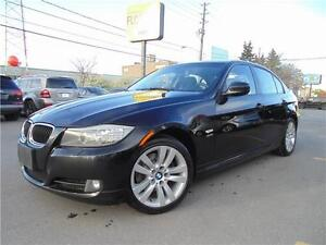 2011 BMW 328XI  *6-SPEED MANUAL*   **EXECUTIVE PACKAGE**