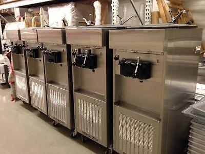 2011 Electro Freeze Soft Serve Ice Cream Machine 2flavor W Twist 5 Available