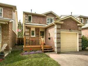 Family home in highly sought after community of Williamsburg
