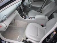 MERCEDES-BENZ C CLASS C320 Elegance SE 4dr Auto (blue) 2005