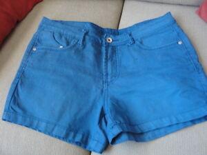 ladies tops and shorts Peterborough Peterborough Area image 9