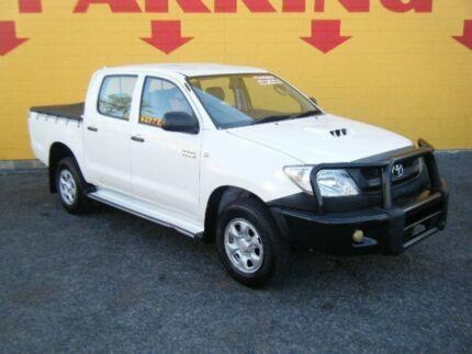 2009 Toyota Hilux KUN26R MY10 SR White 5 Speed Manual Utility Winnellie Darwin City Preview
