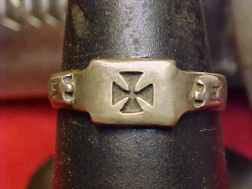 German WWII Orig Herr Holder of the Iron Cross 1st Class .850 Silver Ring 11&1/2