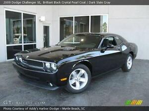 2009 Dodge Challenger **LEATHER-WE FINANCE**