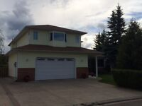 Beautiful Custom Built Home,one owner on Heritage Cres.