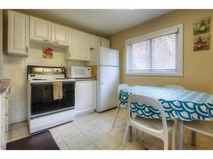 House for 4 renting in kitchener waterloo 2 min walk to Laurier Kitchener / Waterloo Kitchener Area image 5