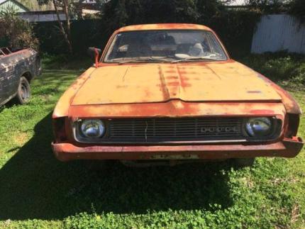 Dodge valiant utes