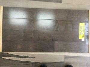 plancher de bois franc (lots) a vendre a partir de 2.99pc