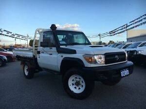 2010 Toyota Landcruiser VDJ79R 09 Upgrade Workmate (4x4) White Solid 5 Speed Manual Cab Chassis Maddington Gosnells Area Preview