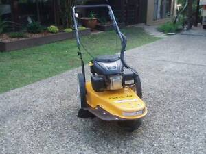 Cub Cadet Line Trimmer Kurwongbah Pine Rivers Area Preview