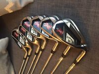 Callaway RAZR X Irons (right handed) 5,6,7,8,9, PW & SW.