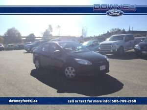 2013 Ford Focus S 5 speed Manual Hard to Find!! Fuel Sipper!