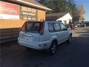 2006 Nissan X-Trail SE**HEATED SEATS**AUTO**SMALL SUV*4 CYLINDER London Ontario image 2