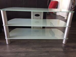 Meuble télé en vitre et acier/ Glass/inox TV Stand