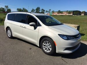2017 Chrysler Pacifica LX