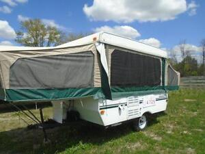 2003 Starcraft 10' White Hardtop Pop Outs London Ontario image 2