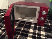 Red Microwave for sale (Collection only) - £5