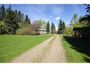 +++ CHARACTER HOME ON 3 ACRES WITH A GUEST CABIN!++
