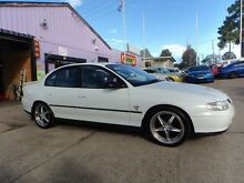 2000 Holden Commodore Vtii Executive White 4 Speed Automatic Sedan North St Marys Penrith Area Preview