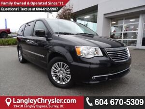 2016 Chrysler Town & Country Touring *ACCIDENT FREE * DEALER...
