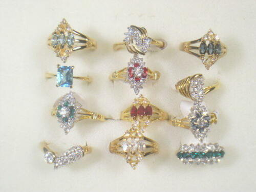 12... . DESIGNER  DOLPHIN ORE RINGS VINTAGE WITH SWAROVSKI CRYSTALS LOT 182UP