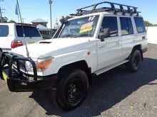 2011 Toyota Landcruiser VDJ76R 09 Upgrade Workmate (4x4) White 5 Speed Manual Wagon Sandgate Newcastle Area Preview