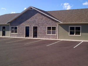 For Lease: Office space in Stratford Business Park 13 Myrtle St.
