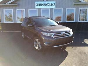 2013 Toyota Highlander only $209 biweekly tax incl