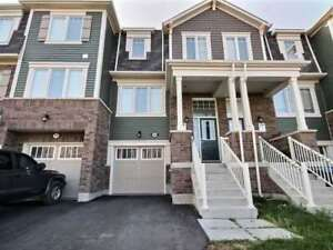 3 Bedrooms Townhouse Home in Brampton