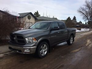 2012 Dodge 1500 Outdoorsman Pickup Truck- low kms