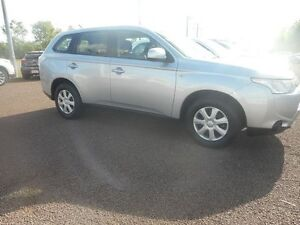 2013 Mitsubishi Outlander ZJ MY13 ES 4WD Cool Silver Metallic 6 Speed Constant Variable Wagon Winnellie Darwin City Preview