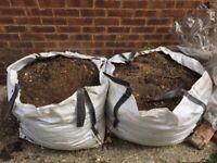 Free garden soil - 3 bags of 0.5 Tonnes each