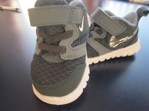New NIKE size 3 infant shoes