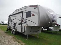 2015 Sabre Silhouette 250RLUD 5th Wheel Trailer with Slideout