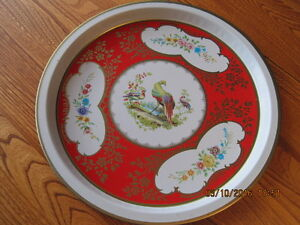 Round Metal Drink Serving Tray with Tropical Birds & Flowers