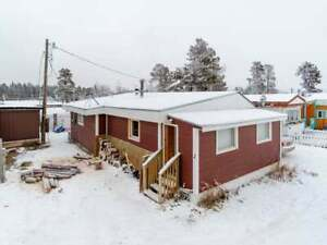 2-7 PROSPECTOR ROAD- RE/MAX REALTOR® Terence Tait