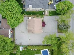 LAND FOR SALE ZONED RESIDENTIAL STEPS TO LAKE,OAKVILLE(w3814637)