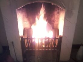 WOOD/SOLID FUEL BURNING FIRE DOG GRATE BASKET HEARTH BEAUTIFULL HEAVY QUALITY SHOP PRICE £1K BARGAIN