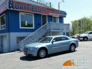 2009 Chrysler 300 Touring **Leather/Sunroof/Only 57k!!**