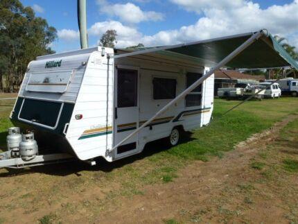 Caravan Millard 2000 Challenger Pop Top Air Con Tel O49O771661