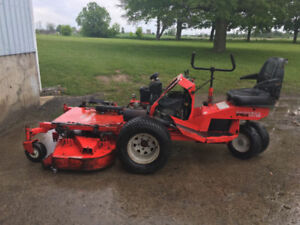 Gravely PM 320 Riding Mower