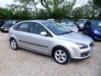 Ford Focus 1.6 Ghia 5dr£3,485 p/x welcome 1 YEAR FREE WARRANTY. NEW MOT