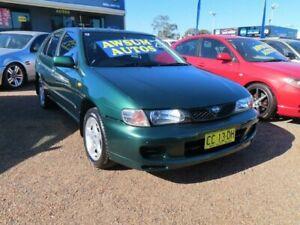 2000 Nissan Pulsar N15 S2 SSS Metallic Green 4 Speed Automatic Hatchback Minchinbury Blacktown Area Preview