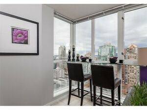 Gorgeous 1 br and Den Apartment. 25th Floor–Ocean & City Views Downtown-West End Greater Vancouver Area image 3