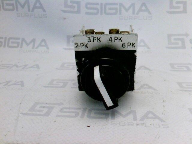 Allen-Bradley 800H-NR2KP4 Series F Selector Switch