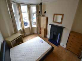 Spare room in a 4 bed house (Heath, Cardiff)