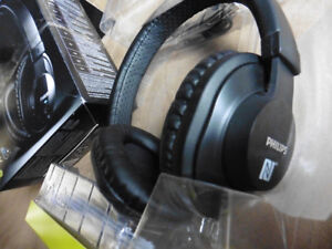 Philips Wireless Bluetooth Headphones with Microphone